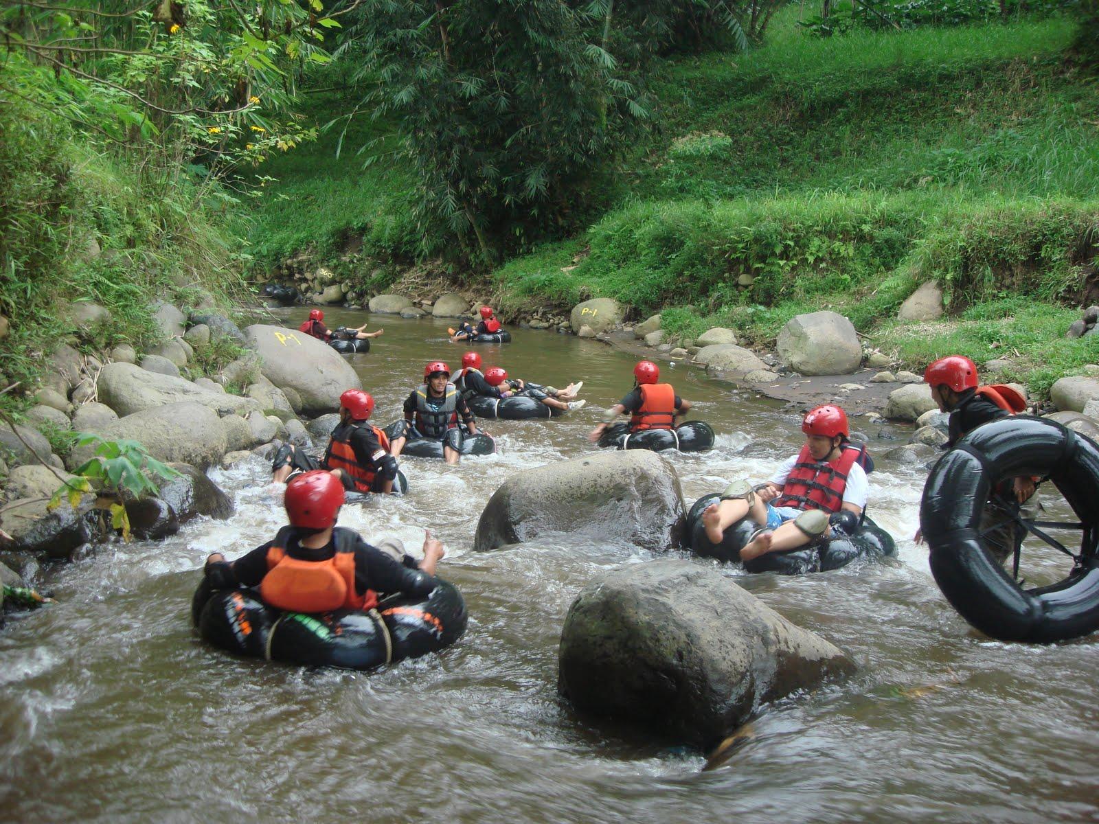 River Tubing batu Karash